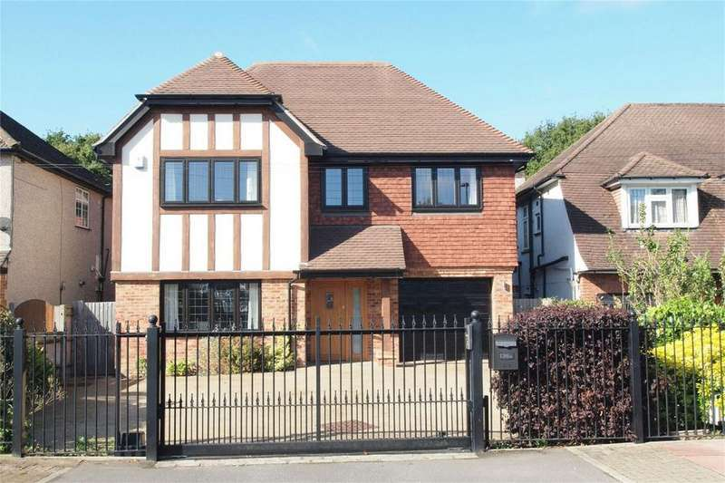 6 Bedrooms Detached House for sale in Hayes Chase, West Wickham, Kent
