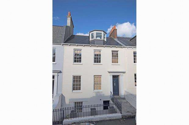 4 Bedrooms Terraced House for sale in Mount Durand, St. Peter Port