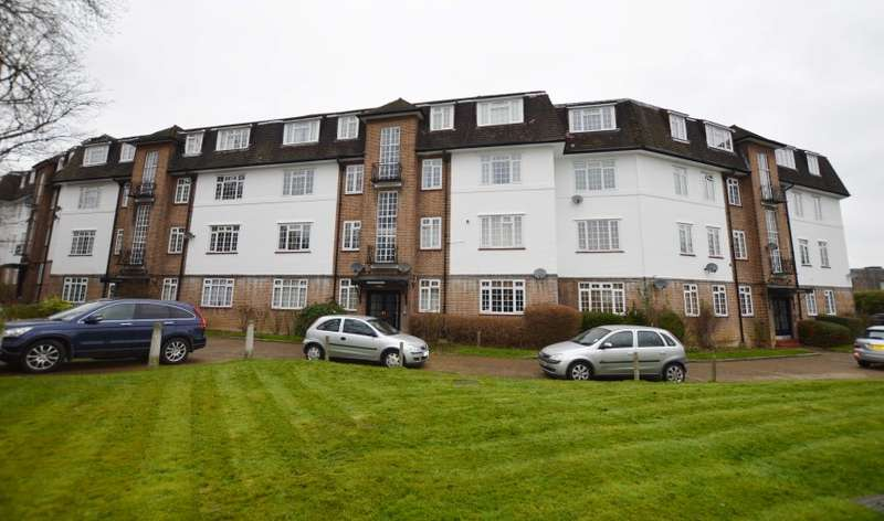 2 Bedrooms Flat for sale in Vale Lodge, Perry Vale, Forest Hill, London, SE23 2LG