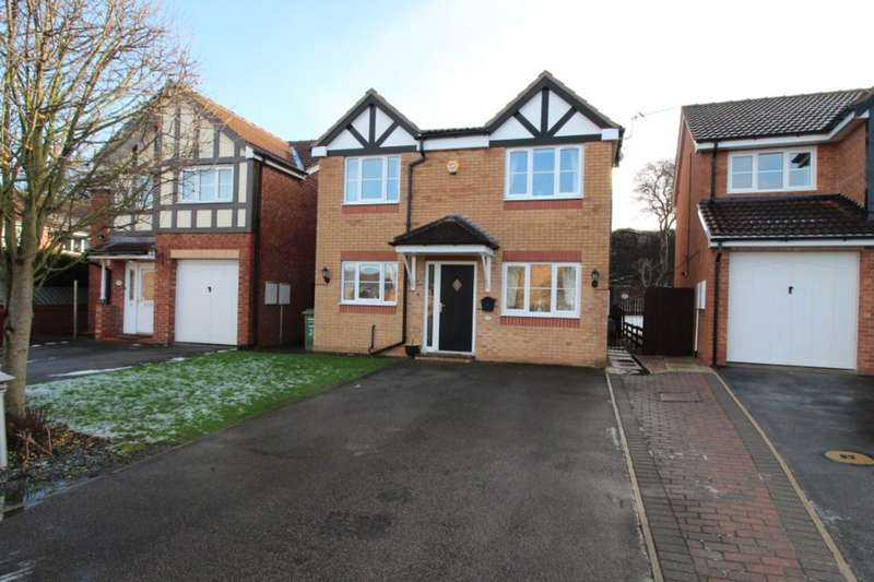 3 Bedrooms Detached House for sale in Rosemount Drive, Normanton, WF6
