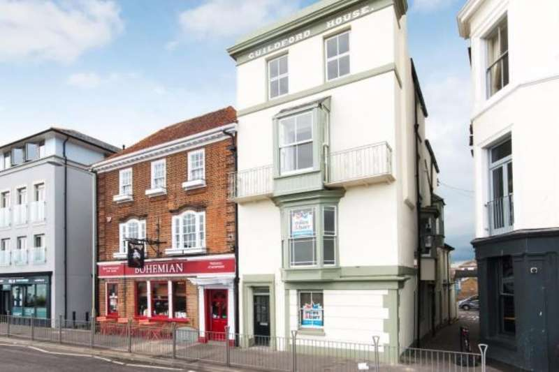 2 Bedrooms Flat for sale in Beach Street, Deal, CT14