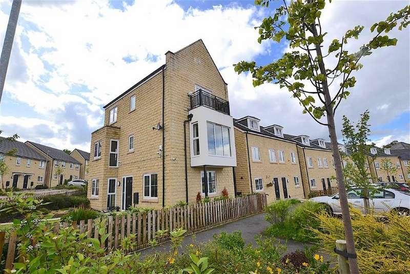 4 Bedrooms Detached House for sale in Kirkgate, Burnley, Lancashire
