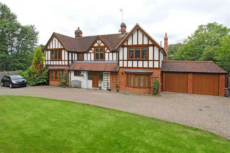 6 Bedrooms Detached House for rent in Butterfly Lane, Elstree, Hertfordshire