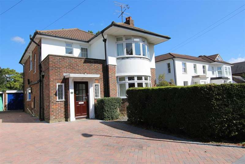 4 Bedrooms Detached House for sale in Park Road, Burgess Hill