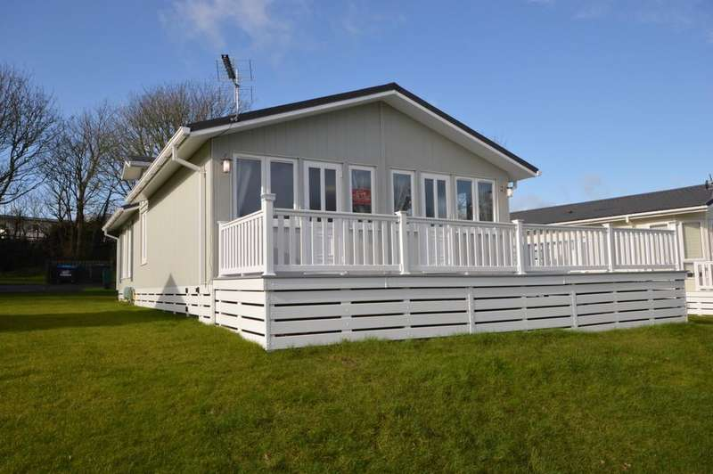 2 Bedrooms Mobile Home for sale in Shorefield Road, Downton