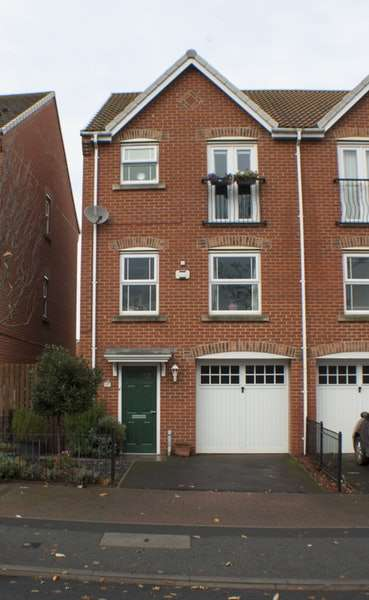 4 Bedrooms Semi Detached House for sale in Chester Road, Hartlepool, County Durham, TS24