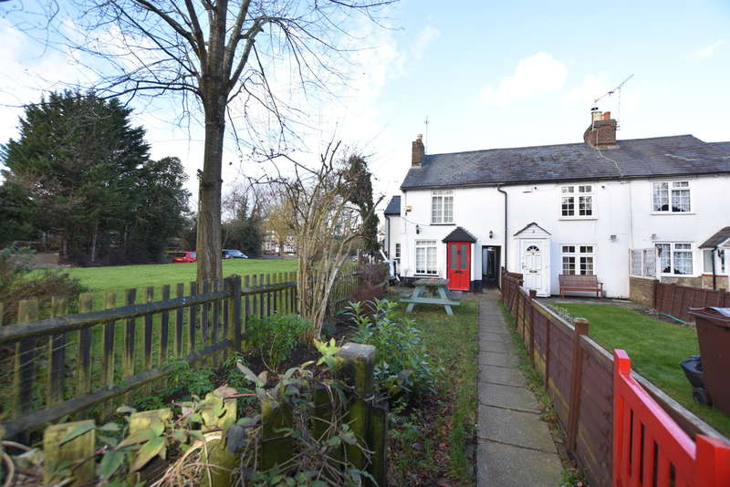 2 Bedrooms Cottage House for sale in Shepherds Row, Redbourn, St. Albans