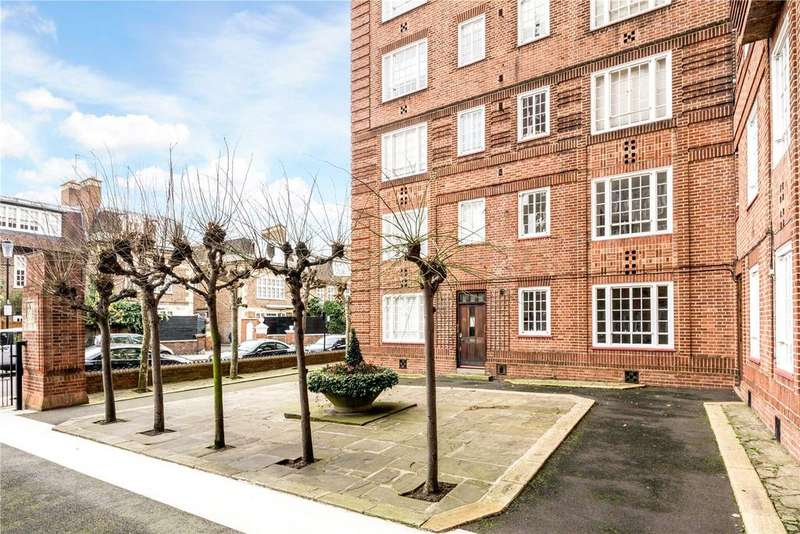 2 Bedrooms Flat for sale in Swan Court, Chelsea Manor Street, London