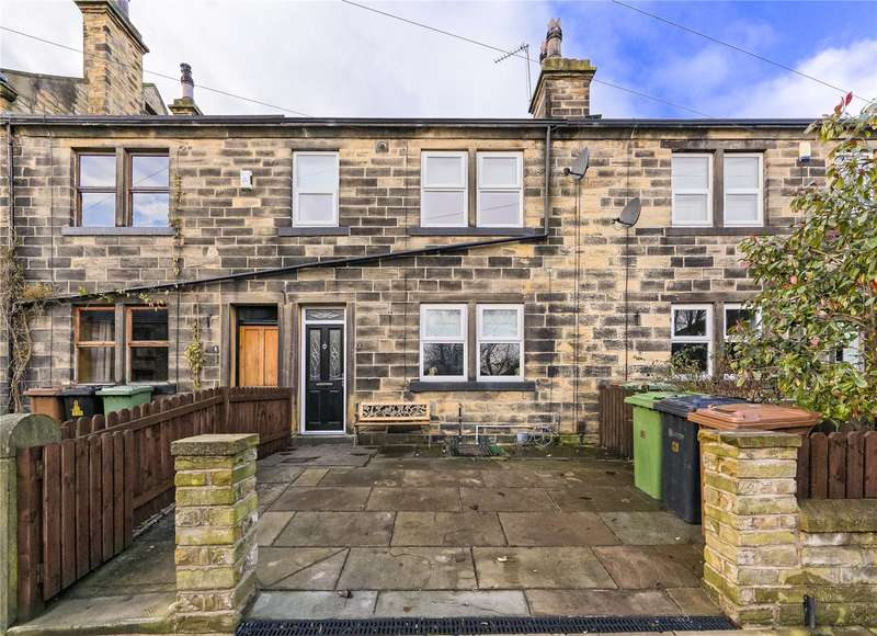 3 Bedrooms Terraced House for sale in Victoria Terrace, Stanningley, Pudsey, West Yorkshire, LS28