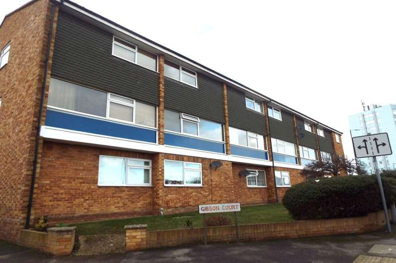 2 Bedrooms Flat for sale in Ditton Road, Langley, Slough, SL3