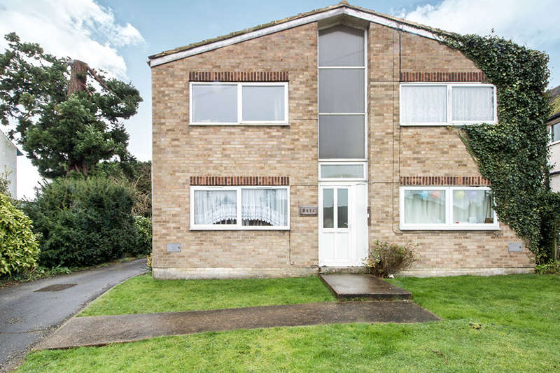 2 Bedrooms Flat for sale in Loose Road, Loose, Maidstone, ME15