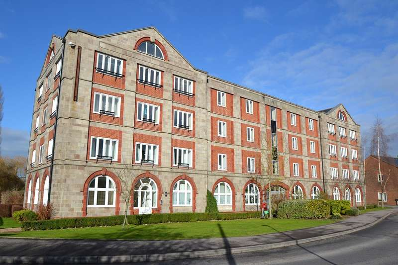 2 Bedrooms Flat for sale in Downton