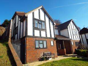 3 Bedrooms Semi Detached House for sale in Polesteeple Hill, Biggin Hill, Westerham, Kent