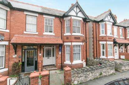 4 Bedrooms Semi Detached House for sale in Cadwgan Road, Old Colwyn, Colwyn Bay, Conwy, LL29