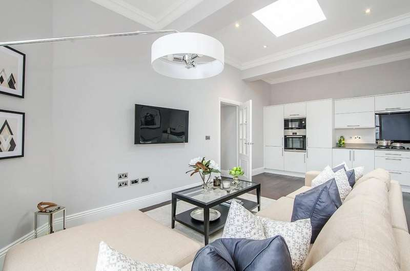 2 Bedrooms Apartment Flat for sale in Francis House, London