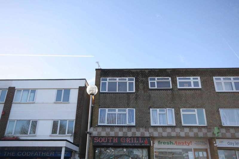 2 Bedrooms Maisonette Flat for sale in Andree House, Grange Road, Billericay