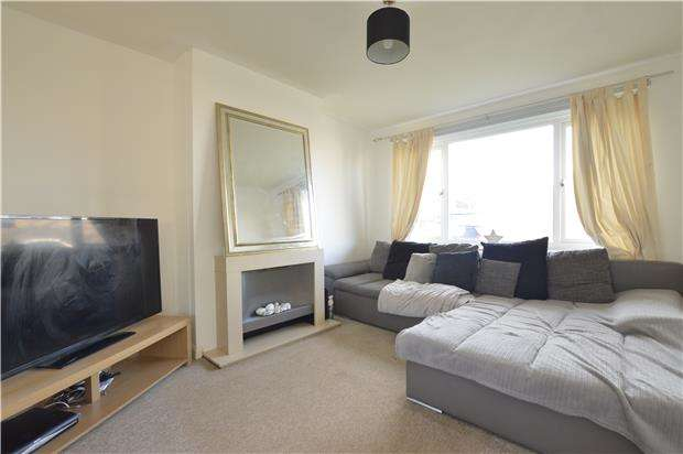 3 Bedrooms Semi Detached House for sale in Ashmole Road, ABINGDON, Oxfordshire, OX14 5LH