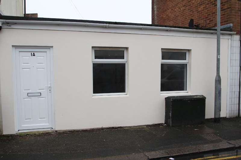 Studio Flat for sale in North Street, Portslade, East Sussex, BN41 1DH