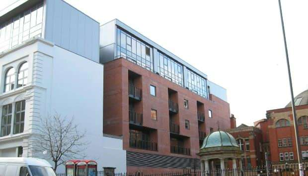 2 Bedrooms Apartment Flat for sale in Central Gardens, Benson Street, Liverpool