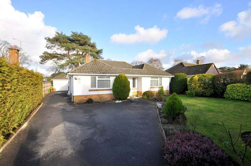3 Bedrooms Detached Bungalow for sale in Glenmoor Road, West Parley