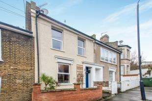 3 Bedrooms Terraced House for sale in Masons Hill, London