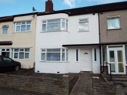 3 Bedrooms Terraced House for sale in Newbury Park, Ilford, Essex