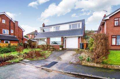 3 Bedrooms Detached House for sale in Llys Y Mor, Carmel, Holywell, Flintshire, CH8