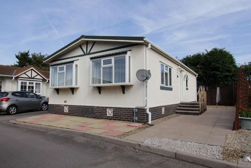 2 Bedrooms Detached House for sale in Amington Park, Amington