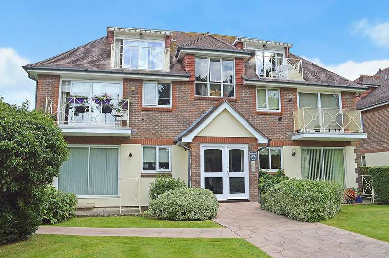2 Bedrooms Apartment Flat for sale in Sherbourne Lodge Grand Avenue, Worthing, BN11 5BH