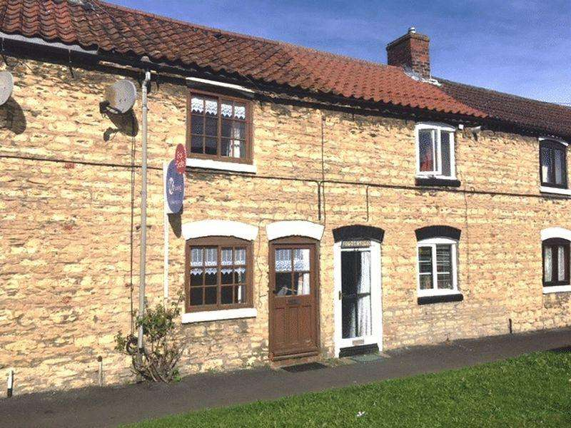 2 Bedrooms Cottage House for sale in Winterton