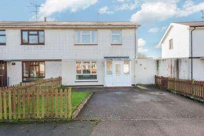 3 Bedrooms Semi Detached House for sale in Verney Walk, Aylesbury, Bucks, England