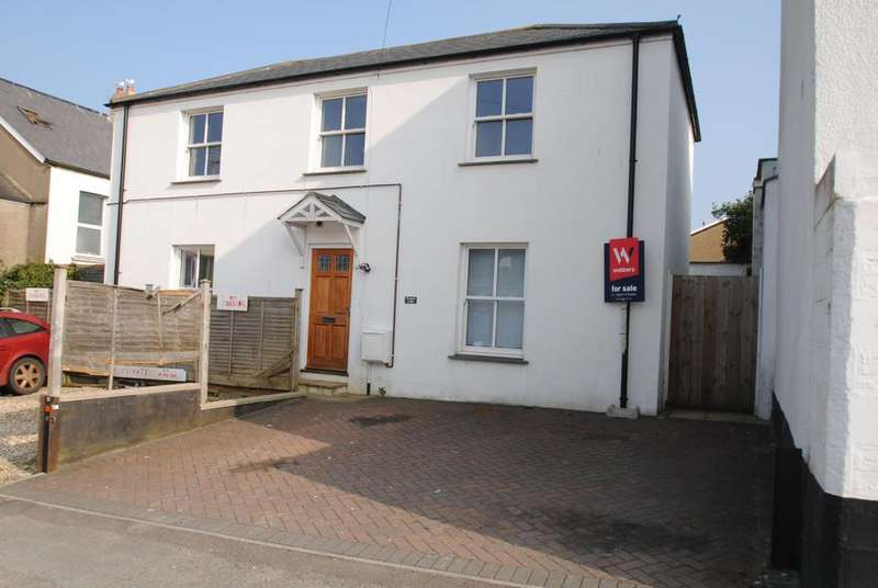3 Bedrooms Semi Detached House for sale in Prospect Place, Barnstaple