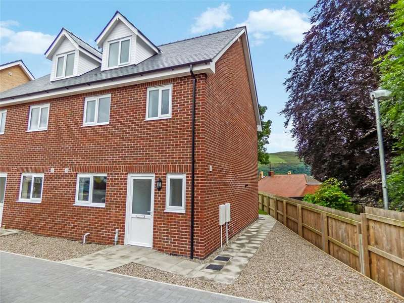 3 Bedrooms Semi Detached House for sale in East Street, Rhayader, Powys