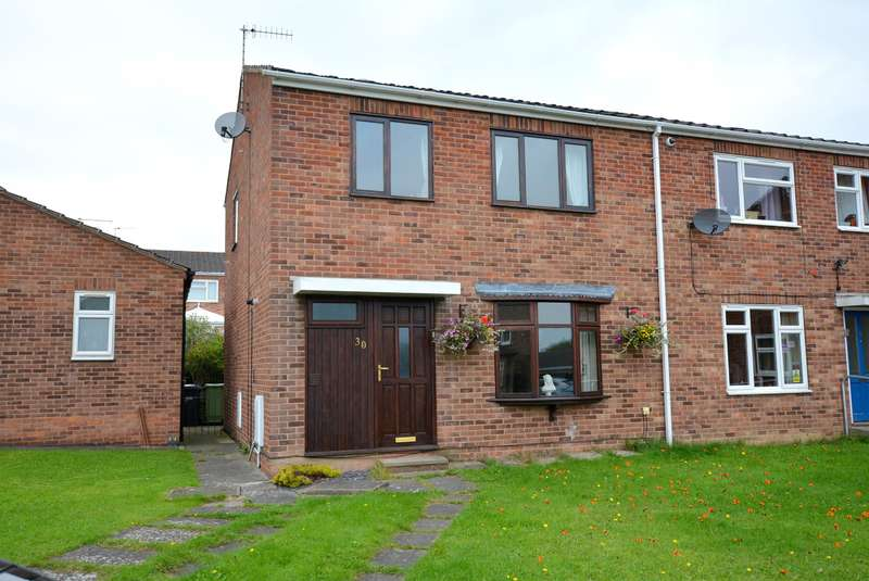 3 Bedrooms Semi Detached House for sale in Carsington Close, Holme Hall, Chesterfield, S40