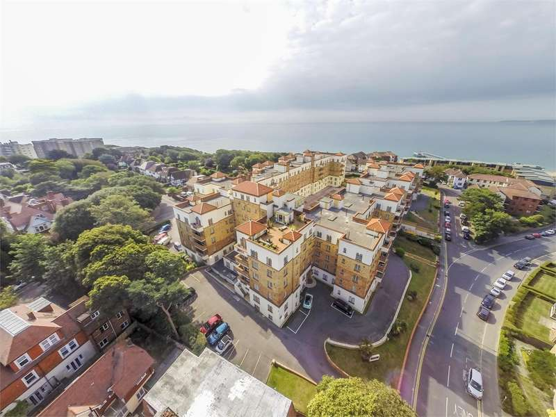 4 Bedrooms Flat for sale in San Remo Towers, Sea Road, BOURNEMOUTH, Dorset