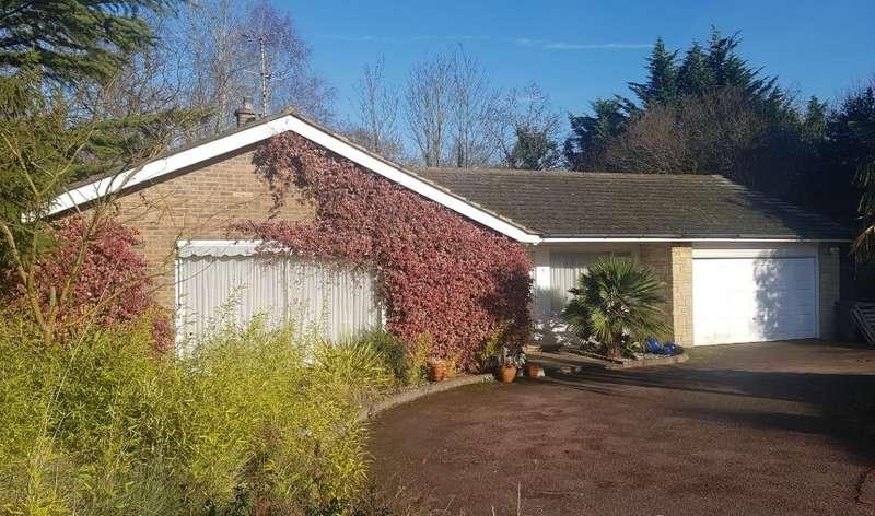 4 Bedrooms Bungalow for sale in Kerri Close, Arkley, Hertfordshire, EN5 3ER