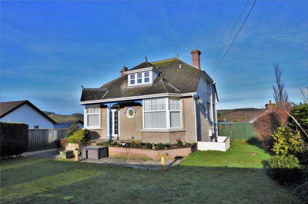 4 Bedrooms Detached House for sale in Crediton Road, Okehampton