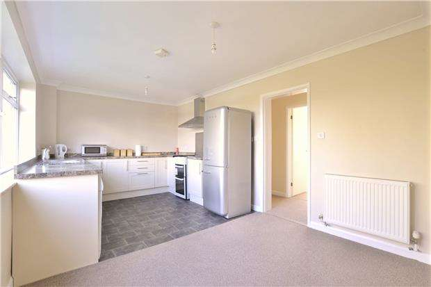2 Bedrooms Flat for sale in Tanners Close, Brockworth, GLOUCESTER, GL3 4QN