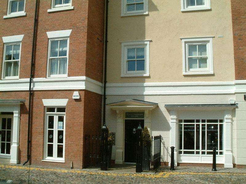 2 Bedrooms Apartment Flat for sale in Chatterton House, Church Lane, Nantwich