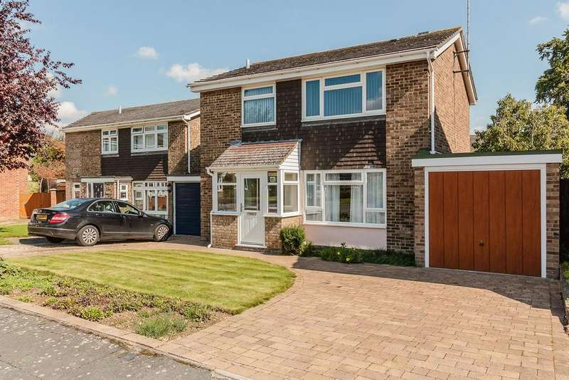 3 Bedrooms Detached House for sale in Beechwood Avenue, MELBOURN, SG8