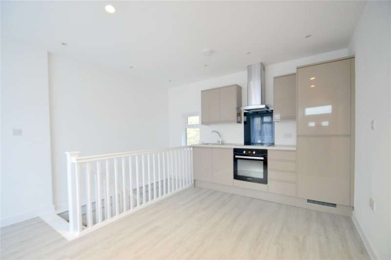 1 Bedroom Apartment Flat for sale in Station Buildings, Woodside Road, London
