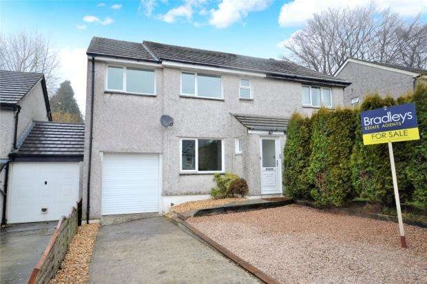 4 Bedrooms Semi Detached House for sale in Willow Close, Callington, Cornwall