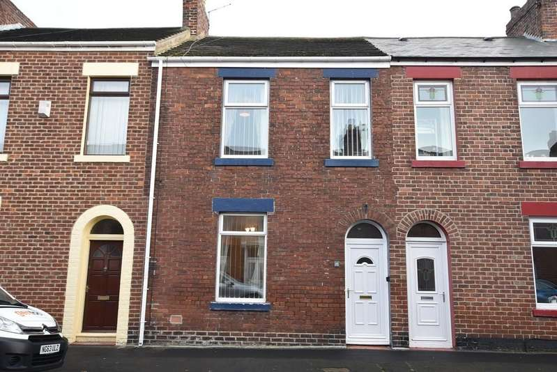 3 Bedrooms Terraced House for sale in Horatio Street, Roker
