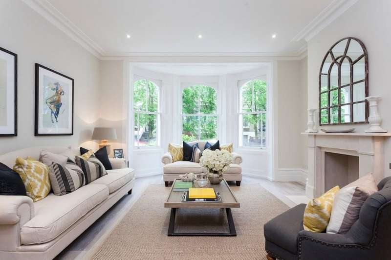 5 Bedrooms Detached House for sale in Strawberry House