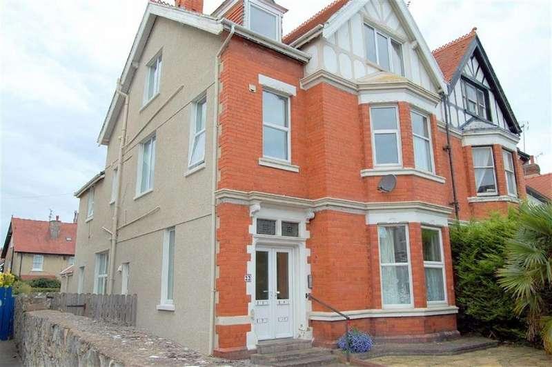 1 Bedroom Apartment Flat for sale in Caroline Road, Llandudno, Conwy