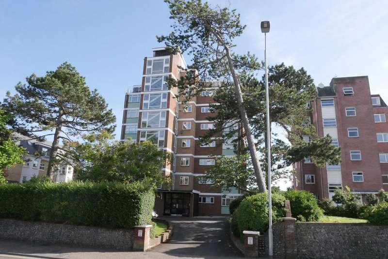 3 Bedrooms Apartment Flat for sale in 16 Ripley Chase, 17 The Goffs, Eastbourne, BN21