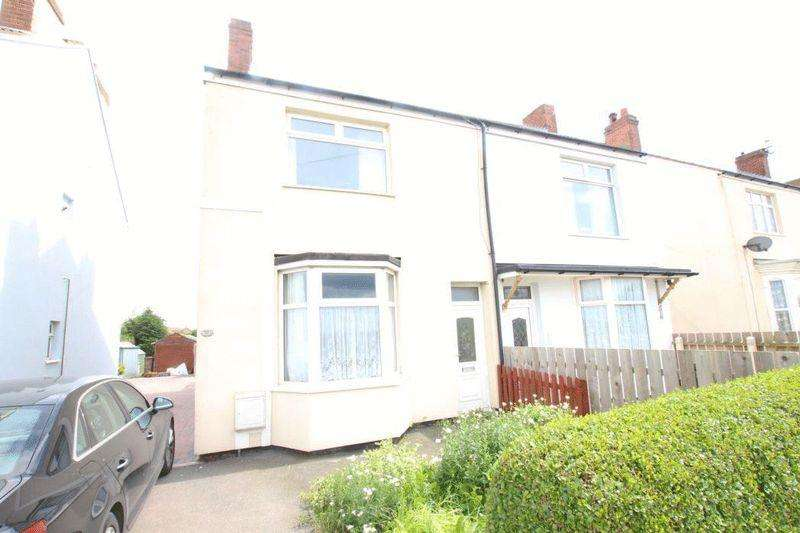 3 Bedrooms Semi Detached House for sale in TOP ROAD, SOUTH KILLINGHOLME