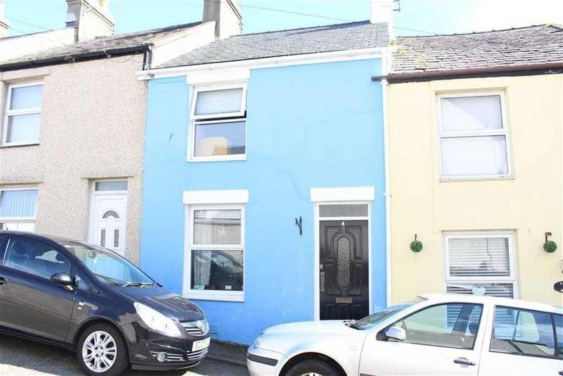 2 Bedrooms Terraced House for sale in Priory Terrace, Caernarfon, Gwynedd