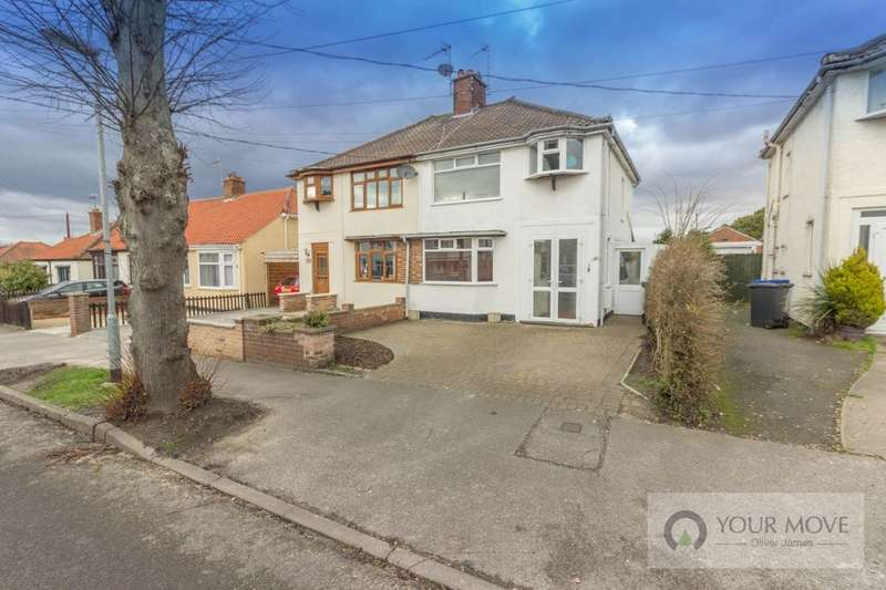 3 Bedrooms Semi Detached House for sale in Marlborough Road, Lowestoft, NR32