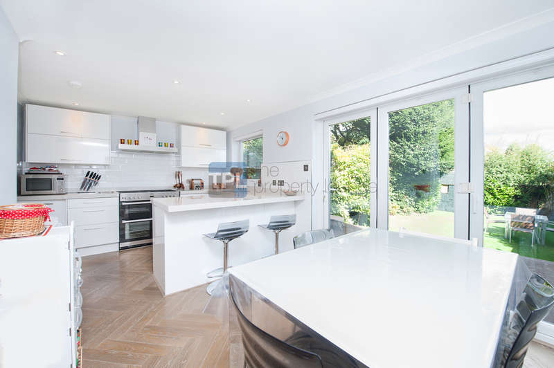 3 Bedrooms Flat for sale in Willesden Lane, Mapesbury, London NW6